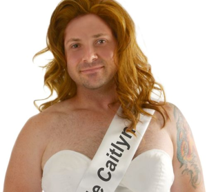 caitlyn-jenner-costume-aug-25-2015-927b71e3fb3213c1