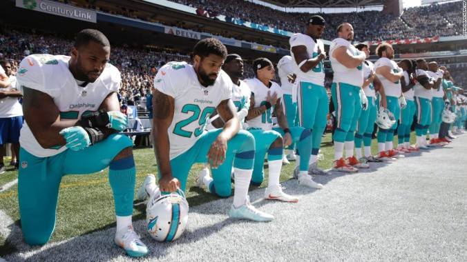 160916164535-05-nfl-players-protest-super-169